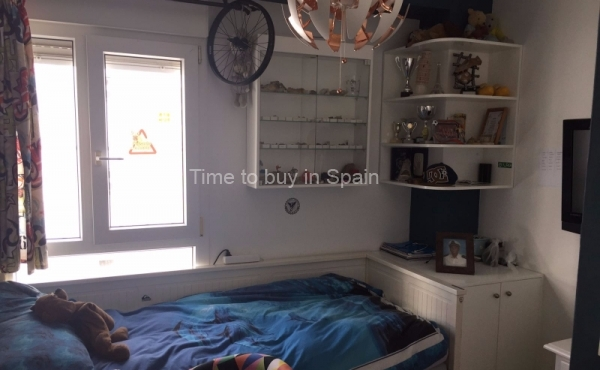 Dormitorio de apartamento en Albatros III, Nueva Andalucia