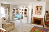 TTB0043, Estupendo piso de tres dormitorios en Los Naranjos de Marbella con vistas a la Concha